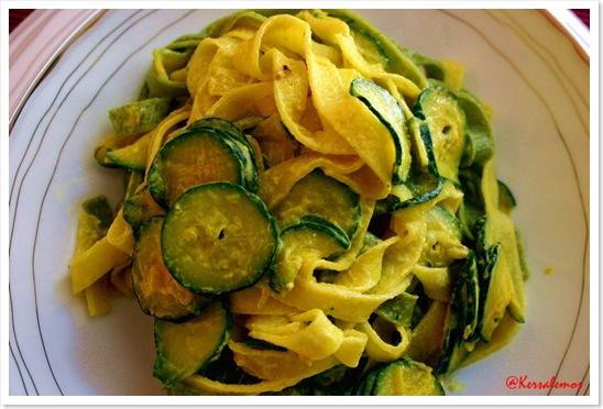 pasta zucchine e crema zafferano copia